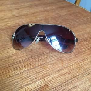 Fake Bentley solglasögon