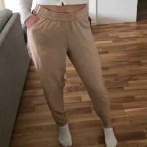 Sköna byxor från hm