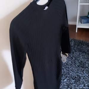 Snygg klänning som inte är använd!