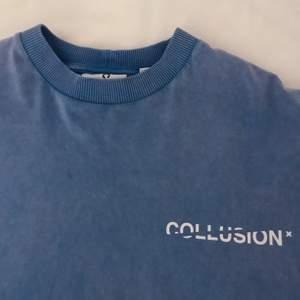 Blå t-shirt klänning, endast kommit till användning en gång!