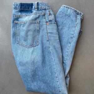 Snygga Mom jeans storlek 36💕