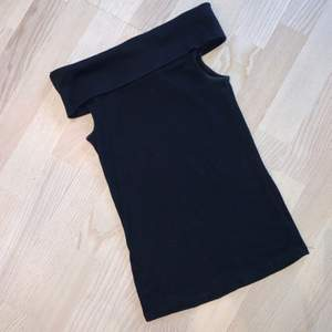 Topp/linne i storlek XS. Säljer för 40kr & frakt tillkommer 🌸