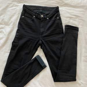 Svarta jeans från cheap monday