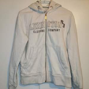 Lexinton zip hoodie stl S, köpt begagnad. Men bra skick.