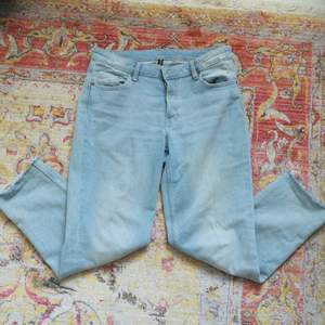 Super-stylish denim blue jeans! Rarely used, size 38. Has too many pants.