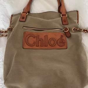 Äkta Chloe väska, DM för fler bilder