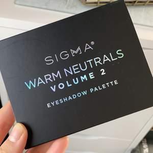 Sigma ögonskuggspalette, använd endast 2 gånger! Ord pris: 333kr (på sigmas sida) säljer för 215kr inklusive frakt!❤️