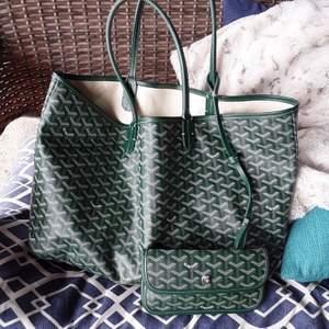 Söker denna gröna saint louis väskan från goyard!! kontakta mig om ni vet nåt eller vill sälja 🥰 äkta eller fake spelar ingen roll!❤️