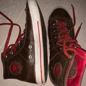 Har användt fåtal ånger.  Jätte coola äkta converse skor,  buda i komentarerna och hör av er privat 🤗🤗