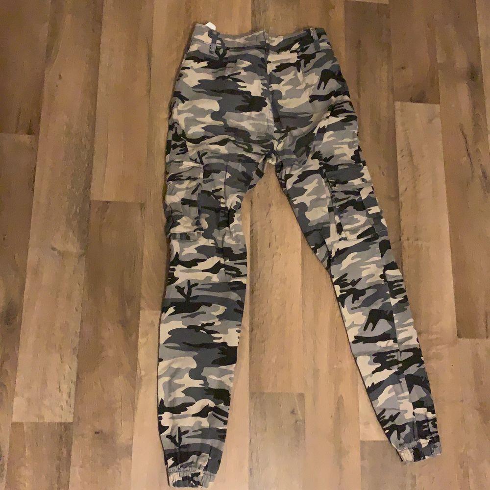 super bekväma byxor från madlady. köparen får stå för frakten.. Jeans & Byxor.