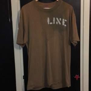 Ascool tröja från Line, lite drain stil skulle jag nog säga. Säljer för att den inte kommer till användning. Frakt ingår ej i priset