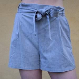 fina shorts från Pull&Bear!❣️storlek S men passar även en mindre M. extremt sköna och passar till mycket🥰
