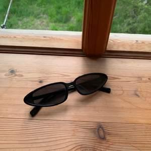 Solglasögon från asos köpta förra sommaren rätt coola
