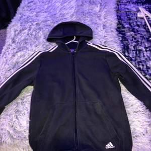 Vanlig standard adidas hoodie stl-176 men sitter som M
