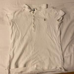 Ralph Lauren tröja! Storlek XL/16 år i barnstorlek( jag är S) 60kr + 60 frakt