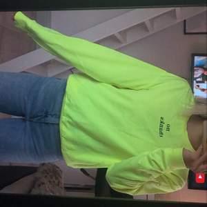 HM x Ariana Grande sweatshirt, aldrig använd