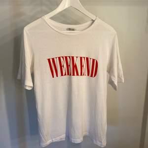 Snygg t-shirt från Cubus. Lite oversize 💓 knappt använd!