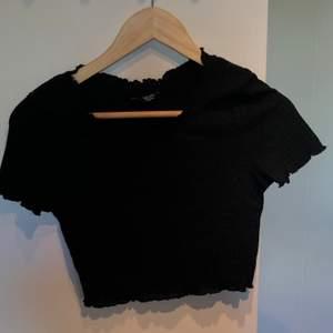 Oanvänd tshirt i strl M! Stretchigt tyg⭐️