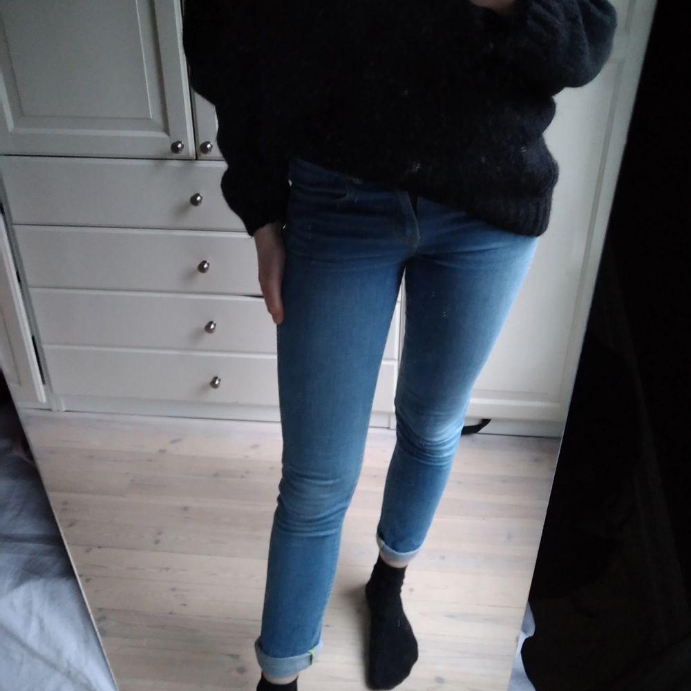 Levis jeans i bra skick. Low cut. Jeans & Byxor.