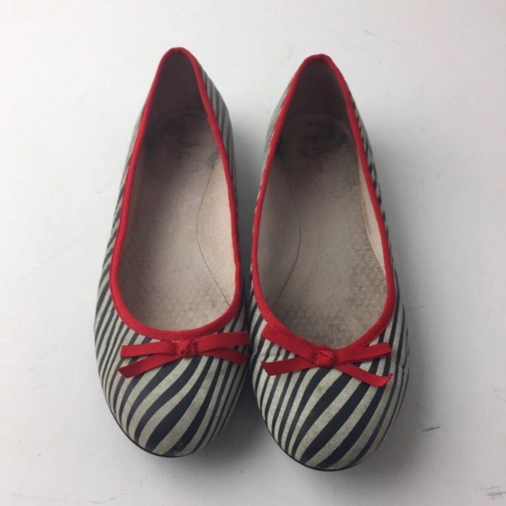Nilson Shoes, Ballerinaskor,  Strl: 40,  Färg: Blå, Vit,  Skick: Normalt. Skor.