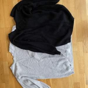 Sköna stickade klänningar i storlek S med V rigning i ryggen ljusgrå och svart 100 kr styck