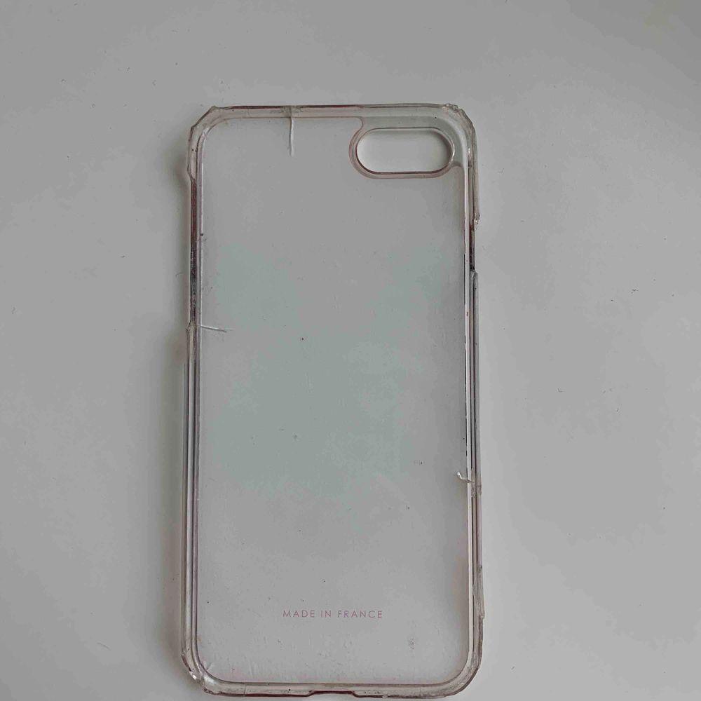 Väldigt förstört osv. För iPhone 6/7/8. Äkta som jag vet Kan snacka om priset om de e något.. Övrigt.
