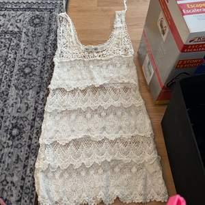 Klänning från Gina Tricot storlek xs.
