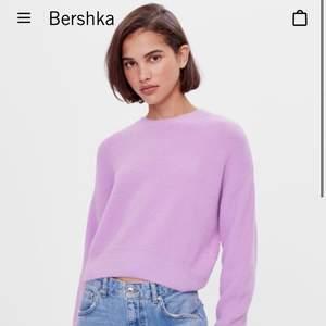 en oanvänd lila super mjuk tröja från bershka, storlek S. testar att lägga ut här innan jag skickar tillbaka! säljer för 259+frakt, eller mötas i Uppsala, då det var de jag köpte den för💜💜💜 FÖRST TILL KVARN