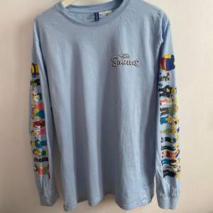 tröja med the simpsons-tryck från h&m herr, strl. M