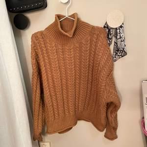 Fin och mysig stickad tröja. Använd ett par gånger med bra skick.