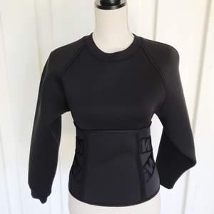 Aldrig använd Alexander Wang x H&M tröja!  Skickas mot frakt.💕