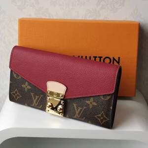 Louis Vuitton plånbok ingår box påse kvittot i 100% äkta läder säljer ändats bra kvalitet