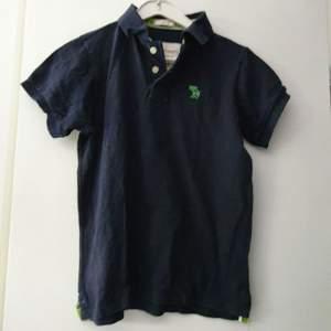 Piké tröja, Abercrombie & Fitch, strl S, mycket fint skick sällan använd.