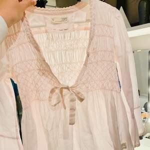 Fin tröja från odd Molly🌟 Säljer pga kommer inte till användning, är osäker på storleken men skulle säga att det är xs/S