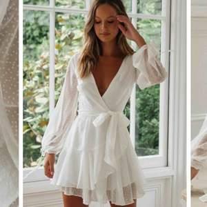 Säljer en helt ny Kyra klänning från Dennis Maglic! Väldigt fin sommarklänning, säljes endast då den inte passar..