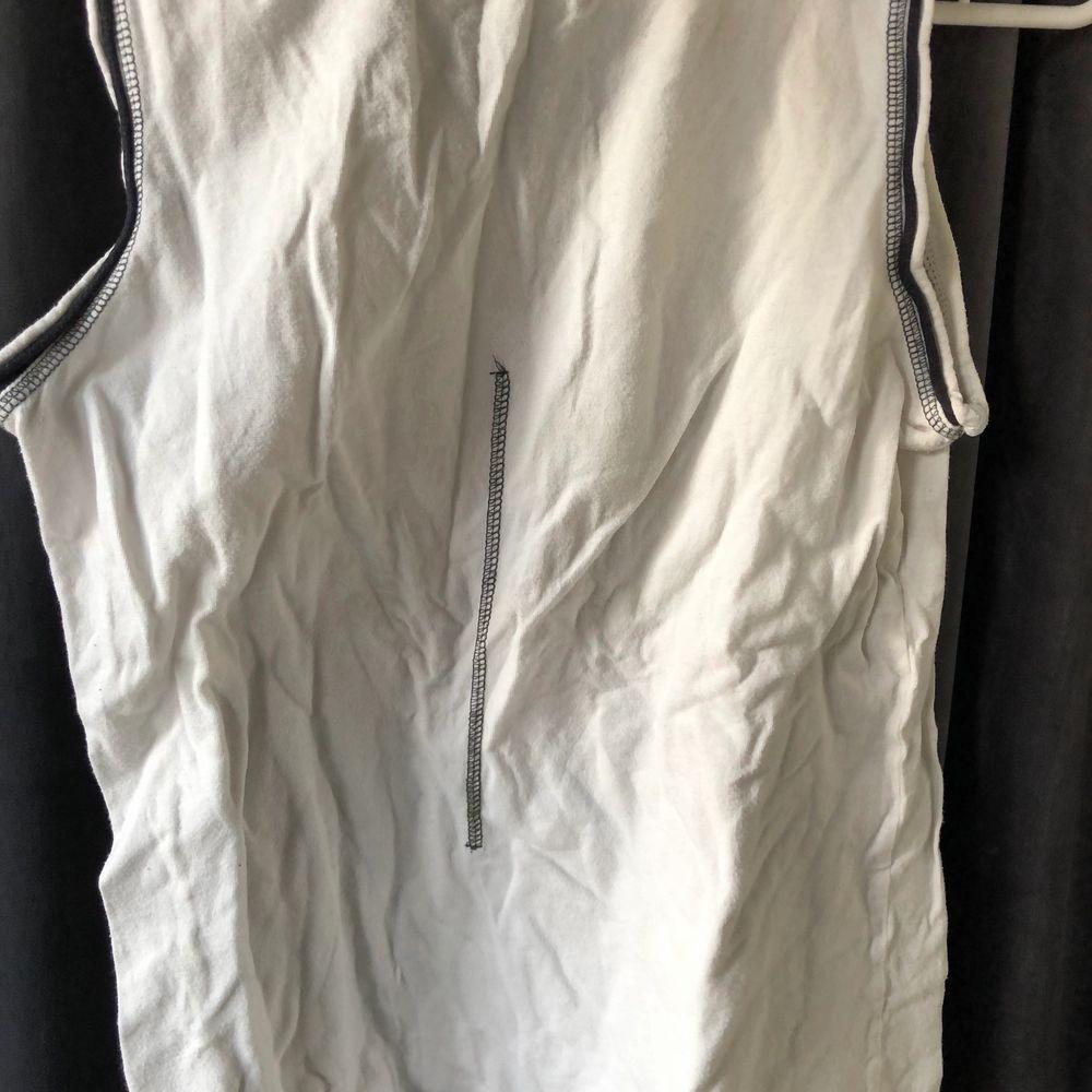 Träningslinne från BetterBodies, ej använt. Storlek M. 70kr eller bud, köpare står för frakt. 😁. Huvtröjor & Träningströjor.