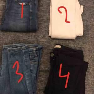 1. Dr denim jeans blåa modell: LEXY 043 storlek xs. 2. Dr denim jeans vita modell:LEXY WHITE 199 3. SÅLD 4. SÅLD