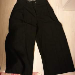 Svarta snygga culottes från H&M ! Felfria