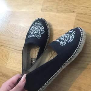 Kenzo Espandilles  Kenzo skor Säljer pga fel storlek för mig dom är jätte fina och bekväma