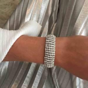 Jättefint diamant armband✨ 50kr+frakt