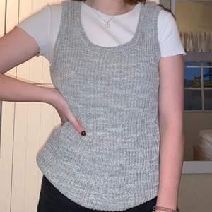 Säljer detta grå linne från Carin Wester i storlel Small!💕💖✨