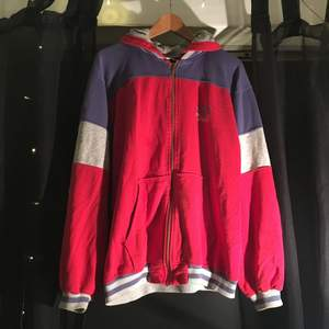 Vintage Reebok hoodie 🎡
