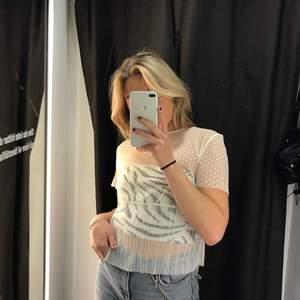 Så fin transparant topp från Zara! Använd ett fåtal gånger💕
