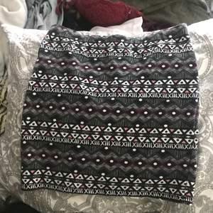 Aldrig använd figursydd kjol från new yorker Stl xs🥰30kr+22kr frakt