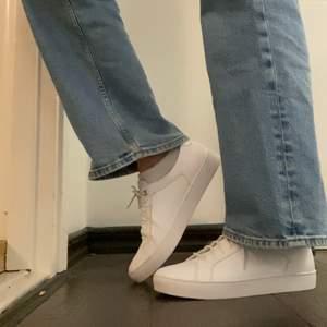 Skit snygga HELT oanvända skor från vagabond! Säljes eftersom de aldrig kommit till användning! Frakt tillkommer:)