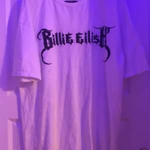 Billie eilish tröja med reflex tryck 💕