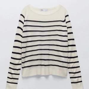 Superfin trendig tröja från zara⚡️ Köpte den i början av sommaren men den har inte kommit till användning, Slutsåld! Buda från 89kr❤️