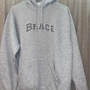 Brace Hoodie, väldigt limiterad
