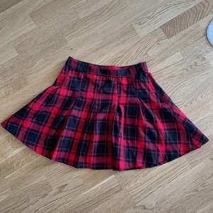 H&M divided skirt size 36