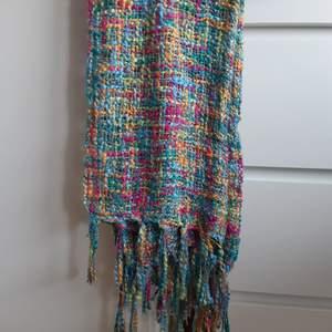 Handmade Halsduk, köpt i Guatemala och använd 1 gång.